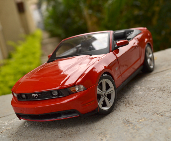 ford mustang gt convertible 2010 maisto xdiecast. Black Bedroom Furniture Sets. Home Design Ideas