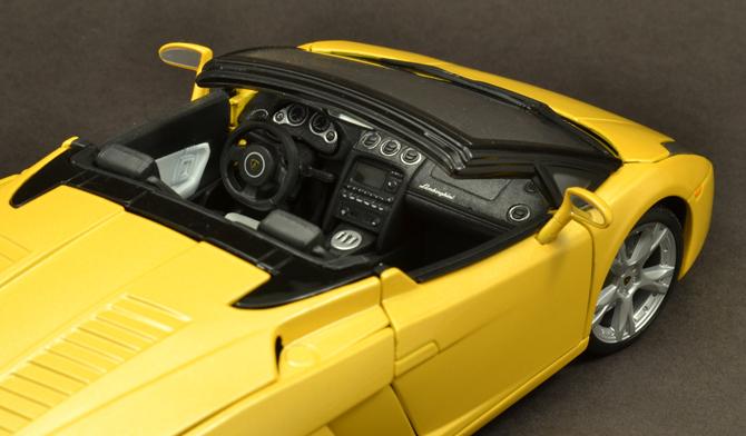 Lamborghini Gallardo Roadster - Steering