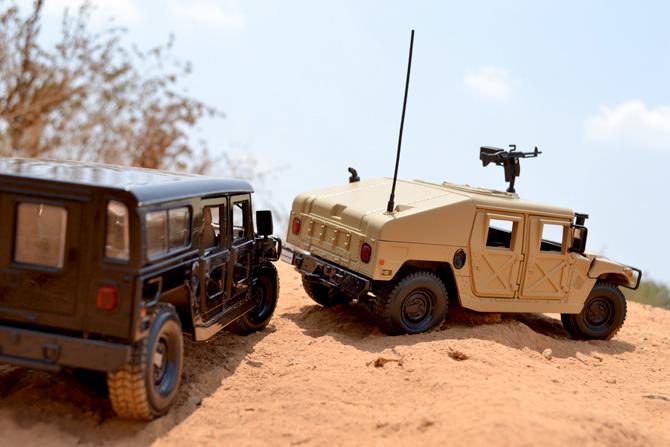 Hummer H1 Wagon & Humvee Sand