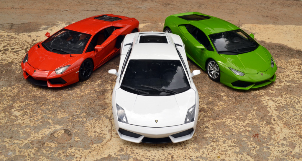 Independence Day Theme Photoshoot with Three Lamborghinis