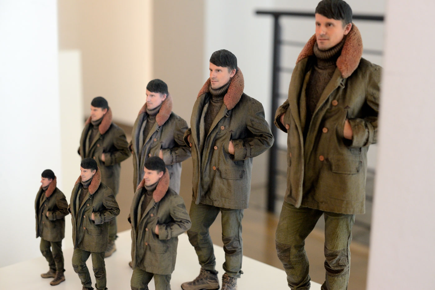 Custom-made life-like 3D Photo Figurines of Yourself by