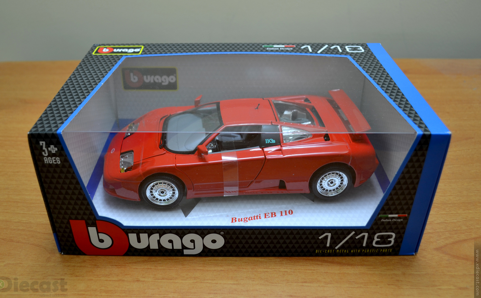 Bburago 1:18 Bugatti EB110 - Box