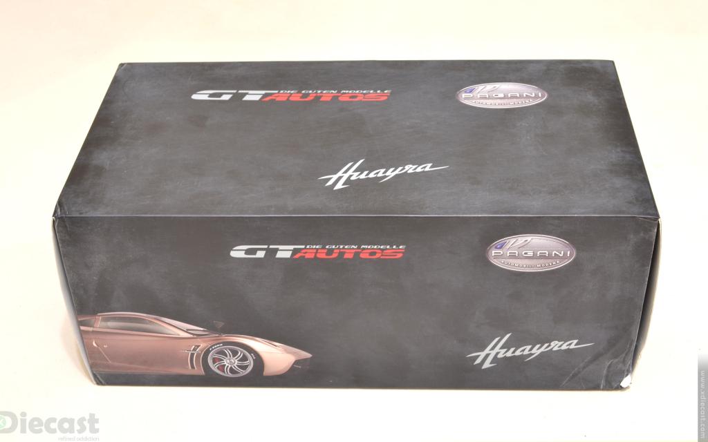 GT Autos 1:18 Pagani Huayra - Box