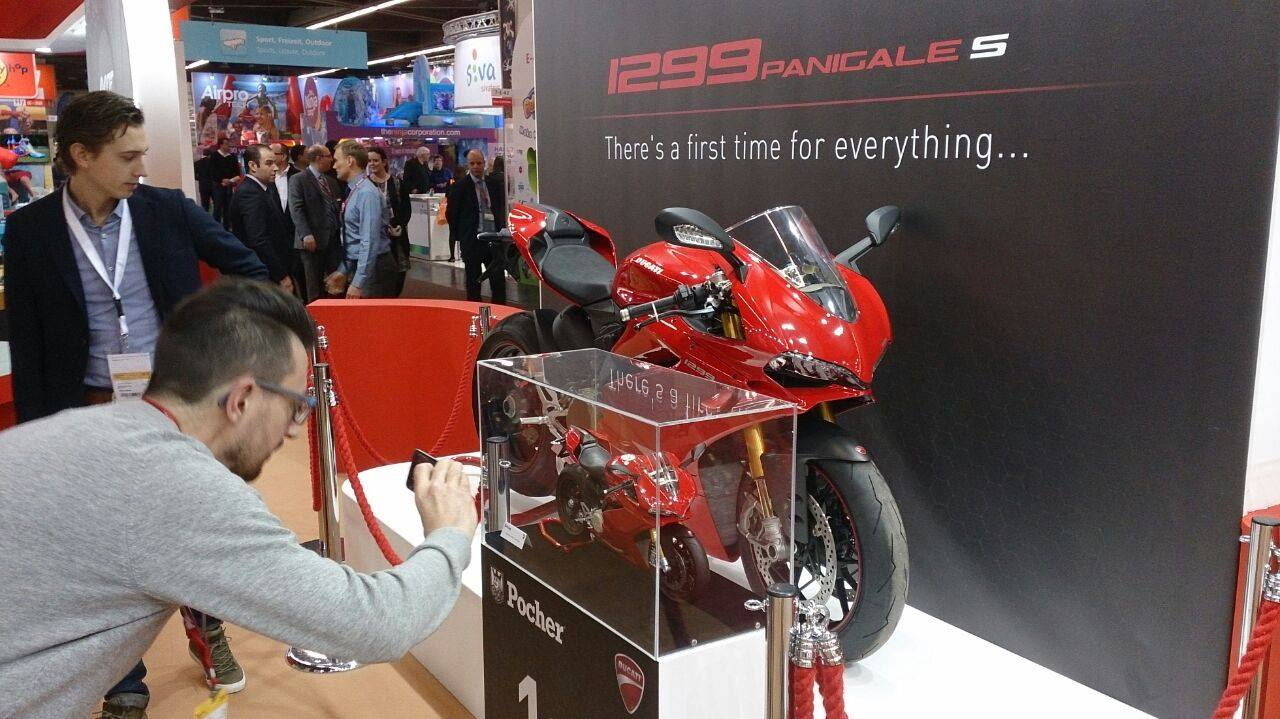 1 4 Diecast Ducati Panigale 1299 S By Pocher Wows The