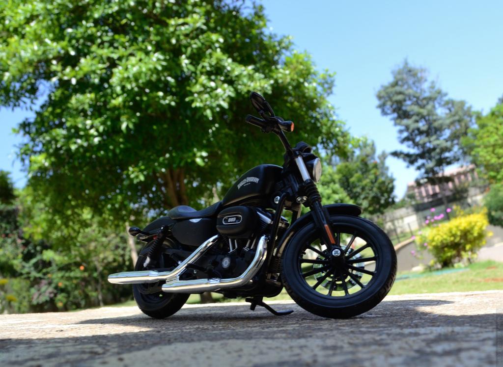 Maisto Harley Davidson Sportster Iron 883 2014