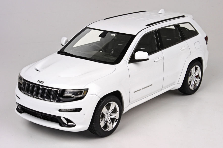 Top Marques Collectibles Made 1 18 Jeep Grand Cherokee Srt