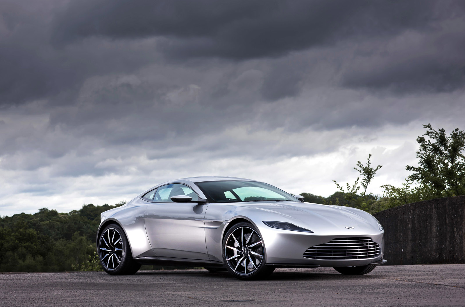 Mattel Announces James Bond S Aston Martin Db10 From The Movie Spectre Xdiecast