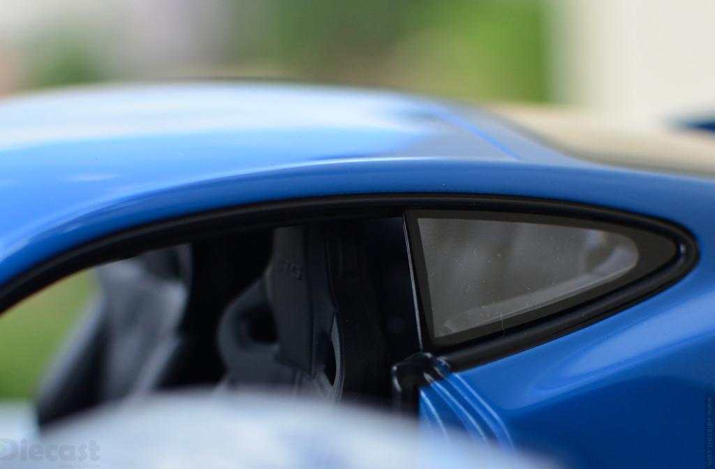 AUTOart Jaguar XKR-S - Seats Emboss