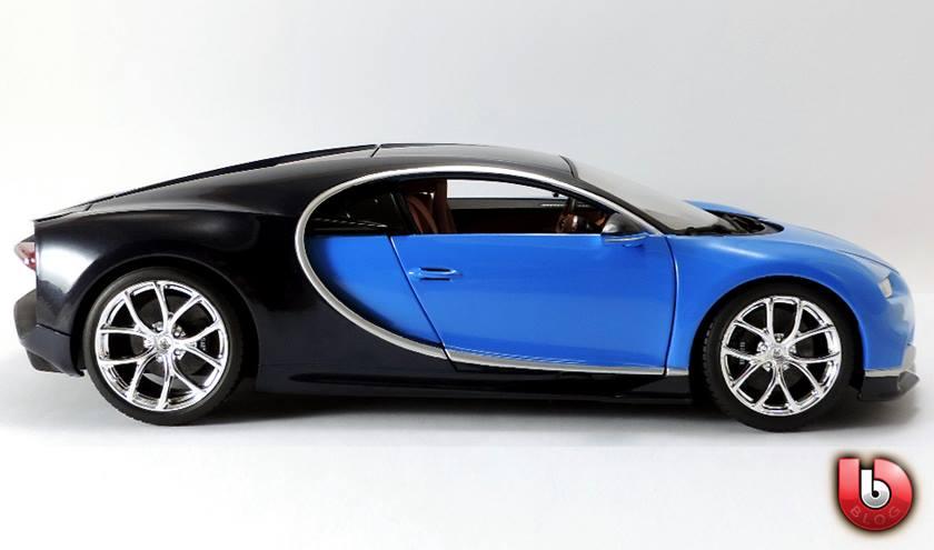1:18 Bburago 2017 Bugatti Chiron - Blue - Profile