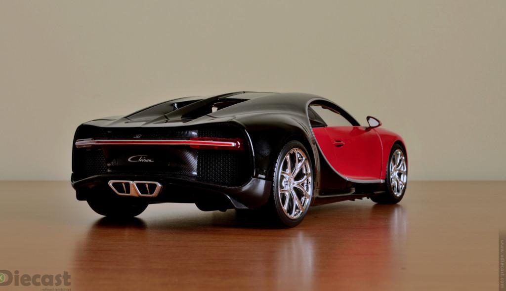 Bburago 1:18 Bugatti Chiron - Rear