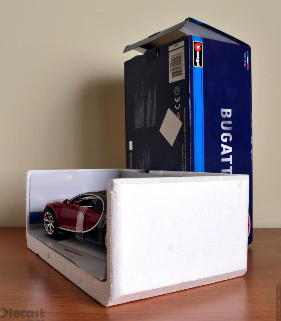 Bburago 1:18 Bugatti Chiron - Unboxing