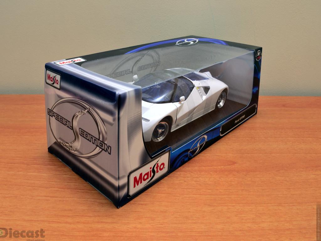 Maisto 1:18 Ford GT90 - Box