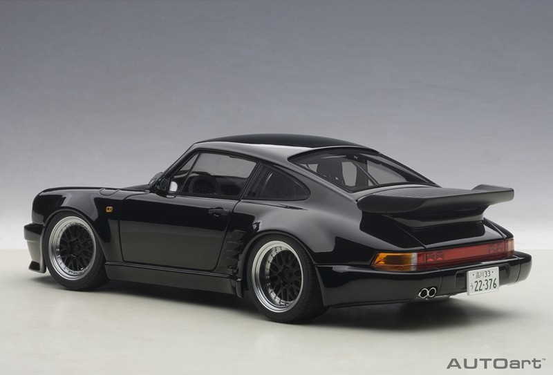 AUTOart Wangan Midnight Black Bird Porsche 911(930)- Rear
