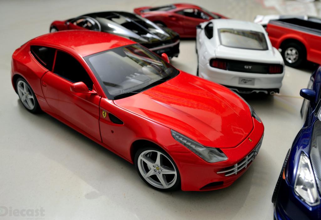 Hotwheels Ferrari FF - 1:18 Diecast Model