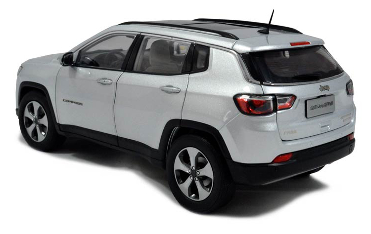 Paudi Models 2017 Jeep Compass - Rear