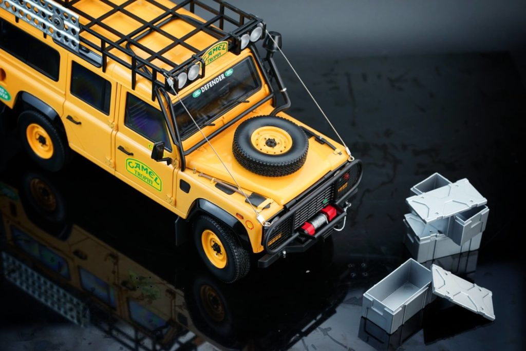 Almost Real - Land Rover Defender Camel Trophy Edition - Cases