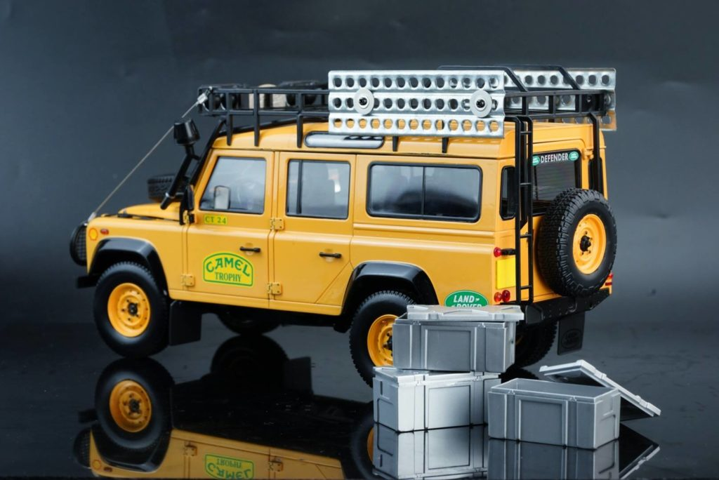 Almost Real - Land Rover Defender Camel Trophy Edition - Rear