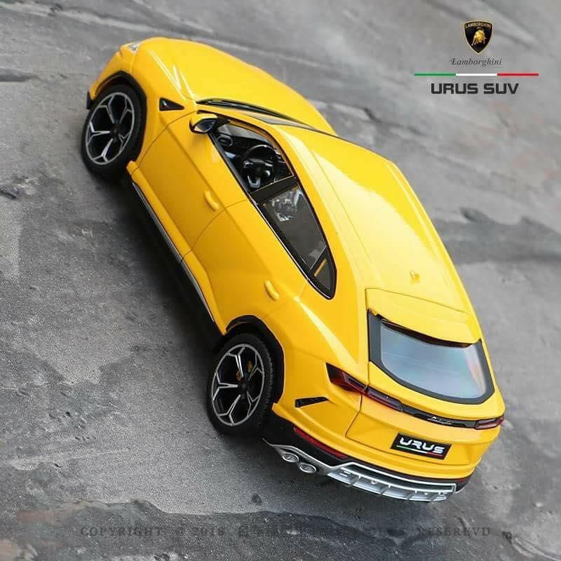 1:18 Bburago Lamborghini Urus