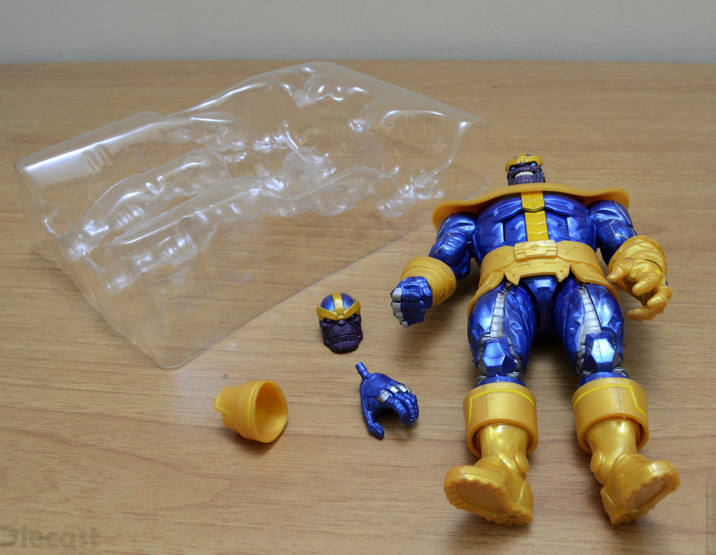 Marvel Legends Series Thanos Figurine - Unboxing