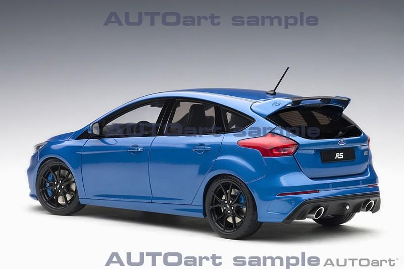 AUTOart 1:18 Ford Focus RS Nitrous Blue - Rear