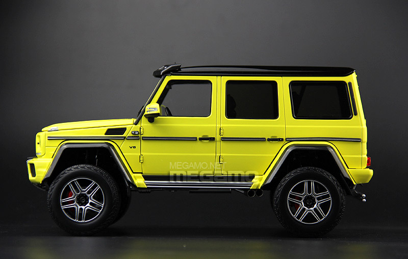 Almost Real 1:18 Mercedes Benz G500 4x4 Squared - Profile