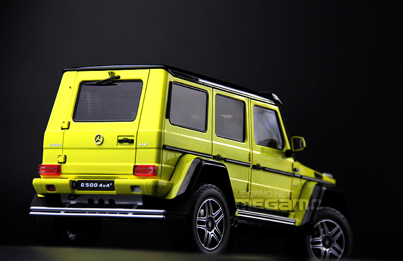 Almost Real 1:18 Mercedes Benz G500 4x4 Squared - Rear