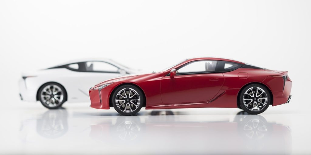 Kyosho 1:18 Resin Samurai - Lexus LC500 - Color