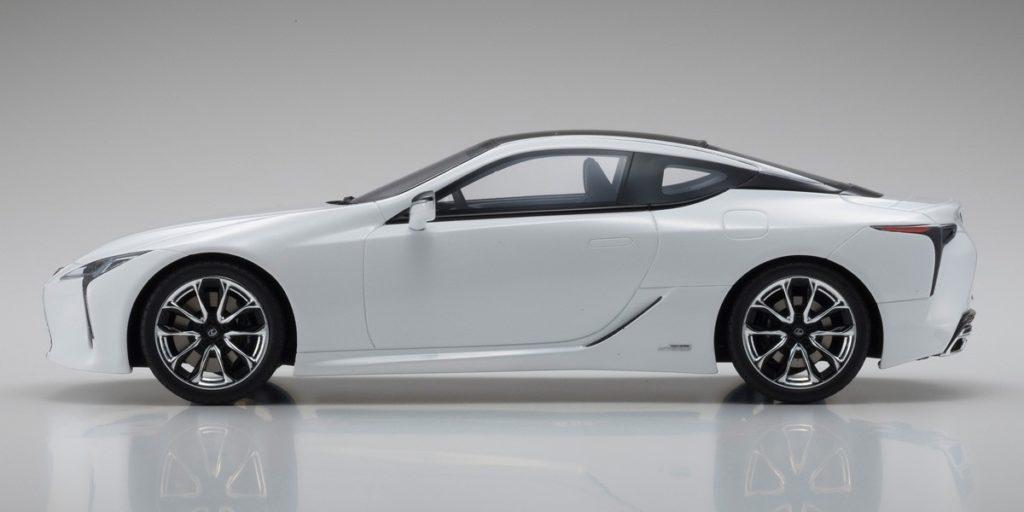 Kyosho 1:18 Resin Samurai - Lexus LC500 - Profile