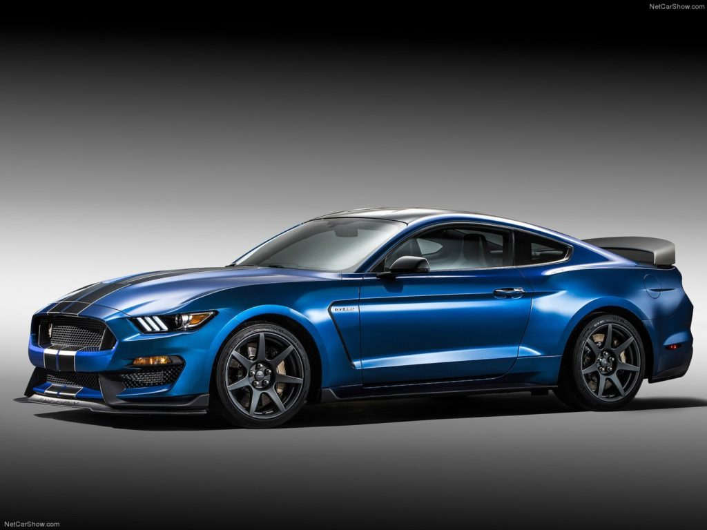 AUTOart 1:18 Ford Mustang Shelby GT350R - Stance