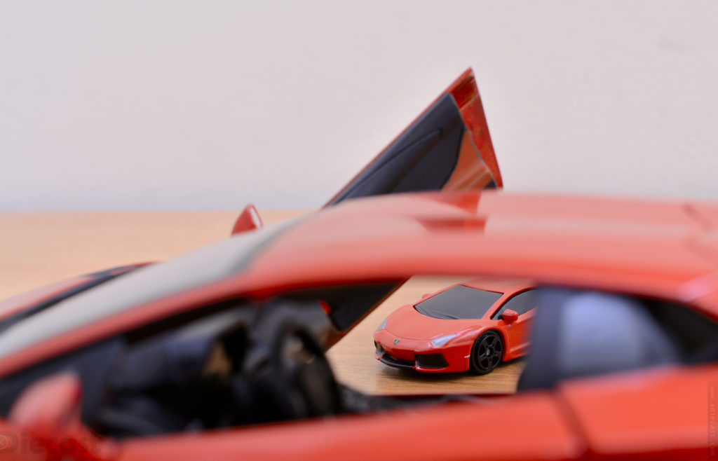 Weekend Diecast Car Photography – Scale War