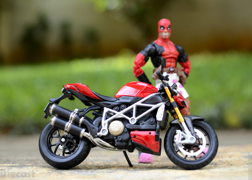 Marvel Legends Deadpool with  Maisto 1:12 Ducati Streetfighter S
