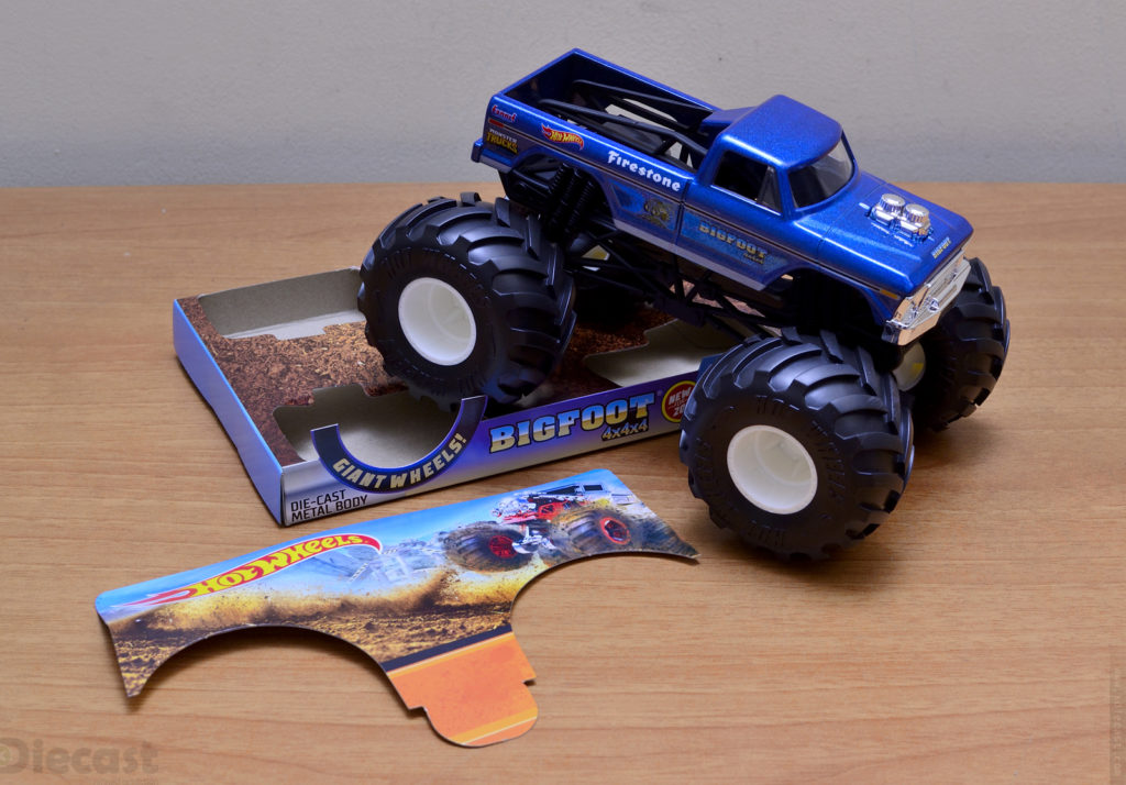Hot Wheels 1:24 Bigfoot Monster Truck - Unboxing