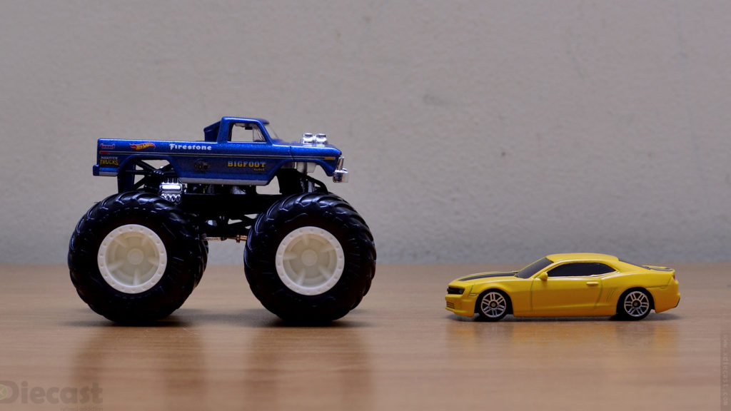 Hot Wheels 1:64 Bigfoot Monster Truck vs Chevy Camaro