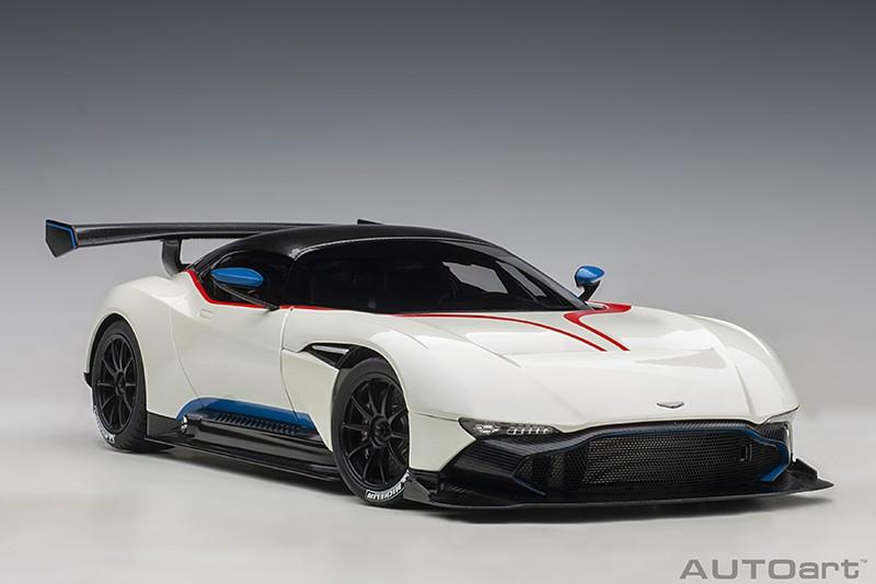 AUTOart 1:18 Aston Martin Vulcan - White