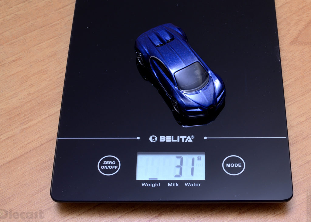 Hot Wheeels - Bugati Chiron - Weight