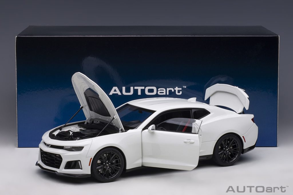 AUTOart Chevrolet Camaro ZL1 2017 - Summit White