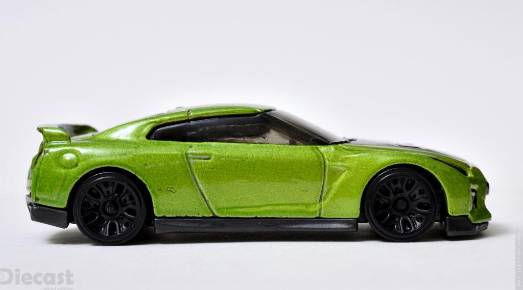 Custom Hotwheels Nissan GT-R (R35) - Profile