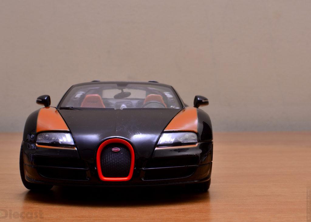 Rastar Bugatti Veyron Grand Sport Vitesse - Front View