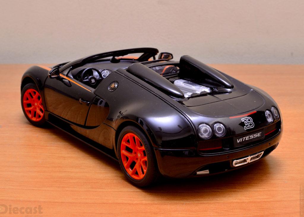 Rastar Bugatti Veyron Grand Sport Vitesse - Rear 3/4