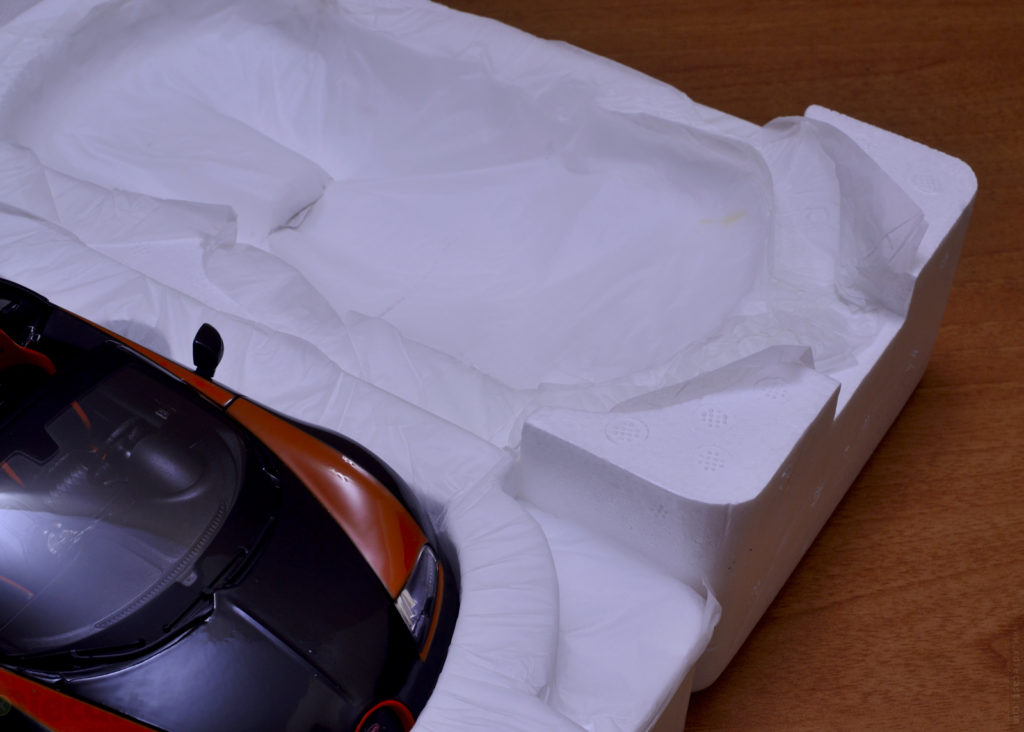 Rastar Bugatti Veyron Grand Sport Vitesse - Unboxing