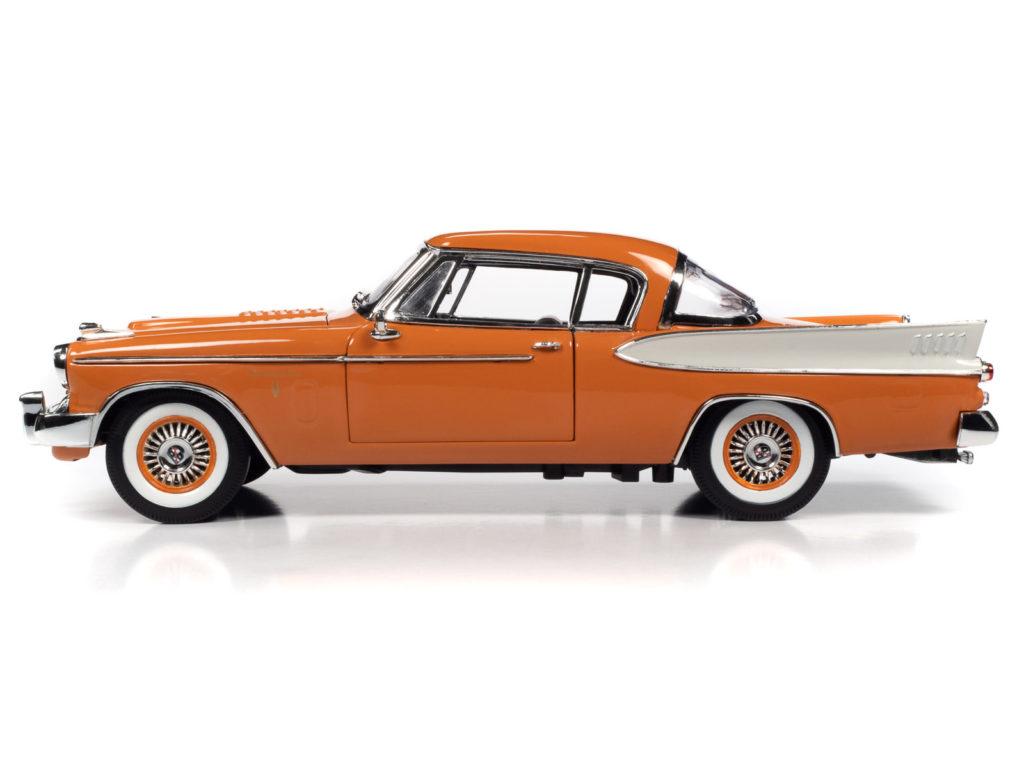 Auto World 1:18 scale 1957 Studebaker Golden Hawk - Profile