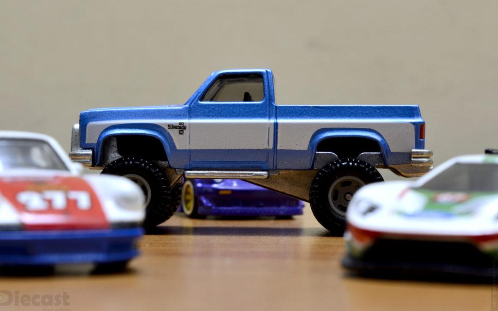 83 Chevy Silverado 4×4 – Boulevard Series