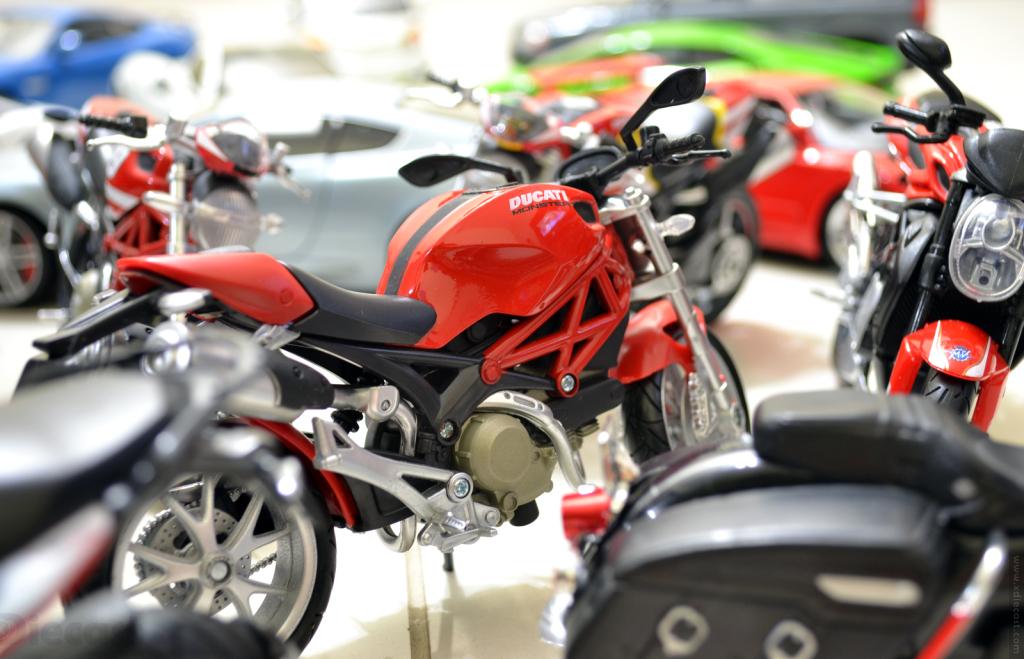 Diecast Year 2014 – Motorbikes