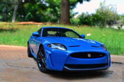 AUTOart Jaguar XKR-S Coupe – Diecast Car Review