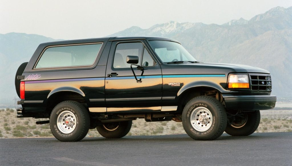 GreenLight Collectibles is Readying 1:18 scale 1992 Ford Bronco – Nite Edition